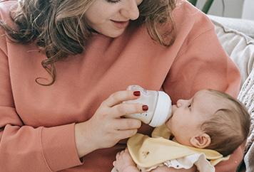 Hunger beim Baby erkennen – das solltest du wissen